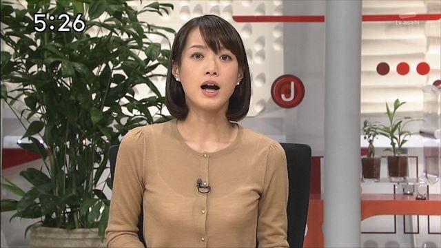 【ブラ透けキャプ画像】やらしい透け透けの服着ちゃってテレビに出るってどぉゆうことだww 10
