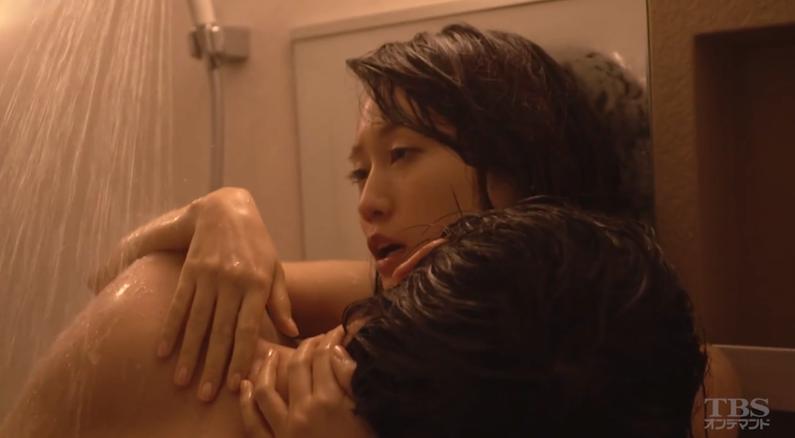 【濡れ場キャプ画像】今度はあの前田敦子がベッドシーンで逝き顔全開で喘いでたwww 03