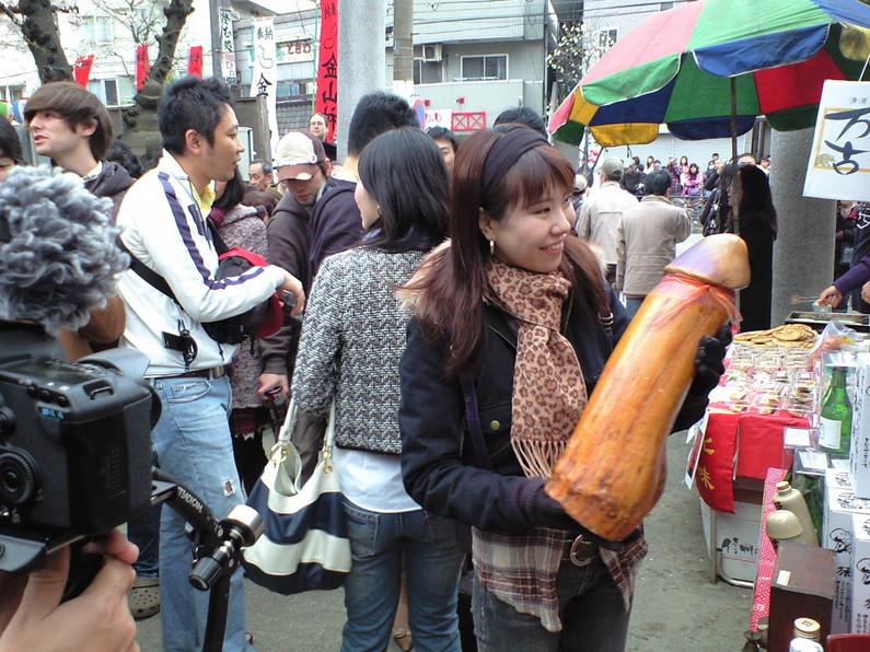 【放送事故画像】NHKでテレビではぜったい映ってはいけない巨大なあれを映してしまうwww 20